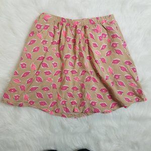 Crazy 8 girls skirt with lip print on it